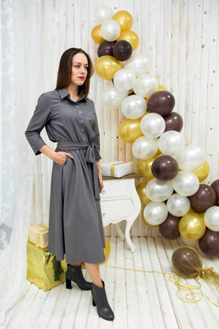 Платье из приятной, мягкой вискозной ткани