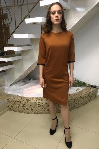 Платье из спортивного легкого трикотажа, прямого силуэта