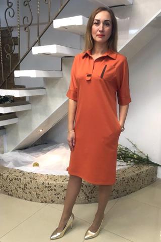 Платье из легкого трикотажа с отделкой репсовой лентой