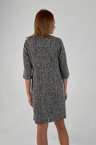 Платье прямого силуэта, вид сзади