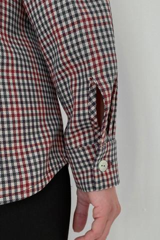 Рубашка в клетку прямого силуэта, вид рукава